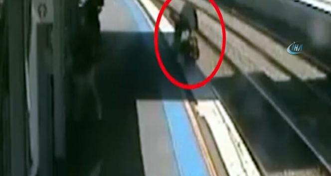 Bir çocuğunu asansörde unuttu, diğerini raylara düşürdü