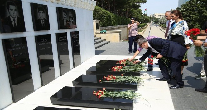 Başkan Çetin Azerbaycan'ı ziyaret etti