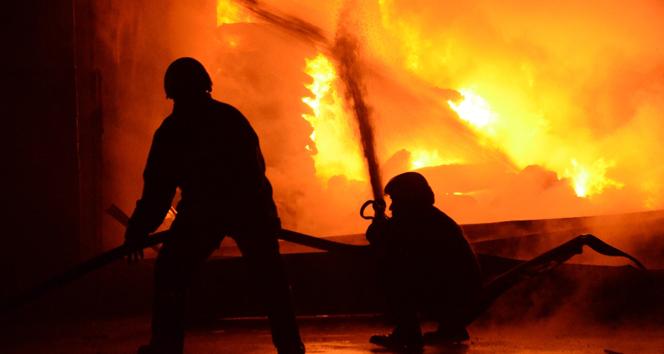 Fransa'da Türk ailenin evi kundaklandı: 5 ölü
