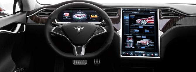 Yeni Tesla otomobili 200 bin sipariş aldı