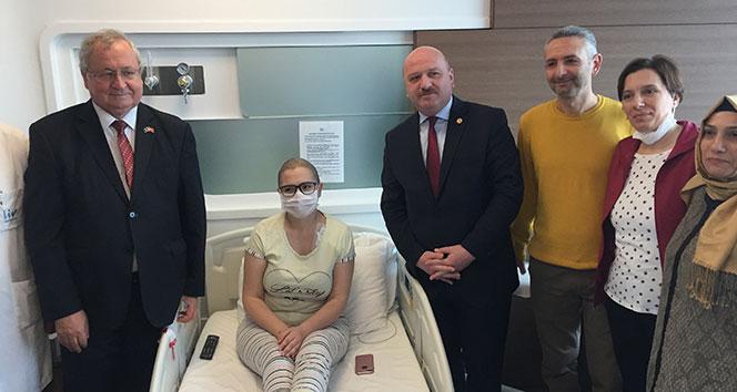 Kosovalı Manolya, solmak istemiyor