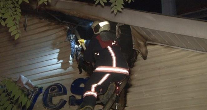 """""""Alo Ambulans"""" binasında yangın"""