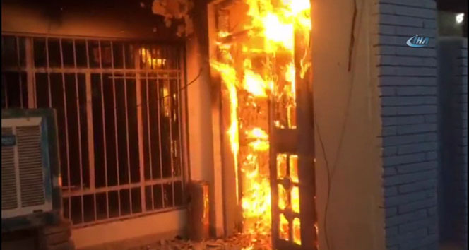 Kerkük'te Türkmen Cephesi karargahı yakıldı