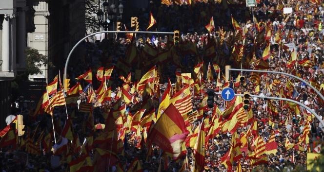 İspanya, Katalonya'da merkezi yönetim uygulamaya hazırlanıyor