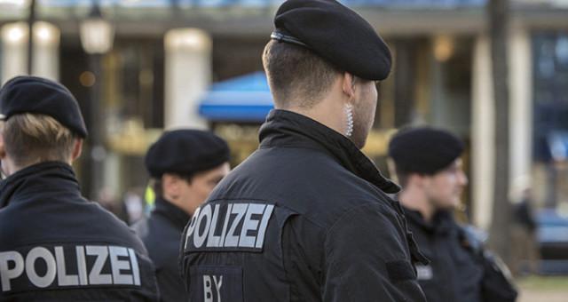 Münih'te bıçaklı saldırı: 4 yaralı