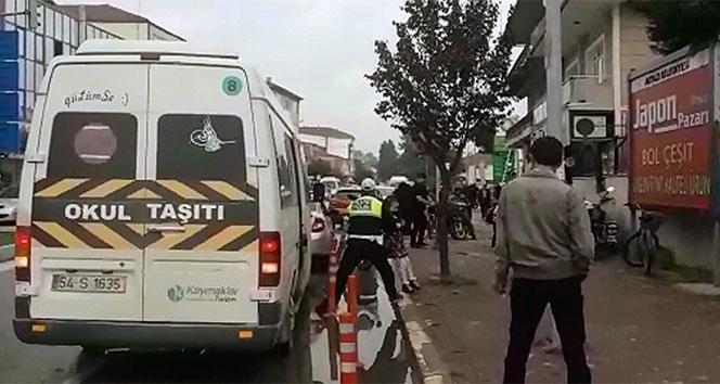 Trafik polisinden alkışlanacak hareket