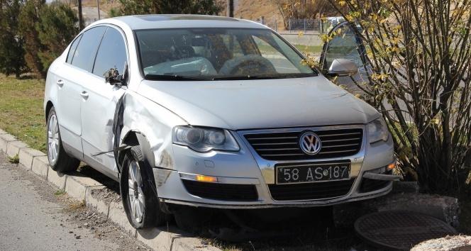 Bakan Yılmaz'ın konvoyunda trafik kazası
