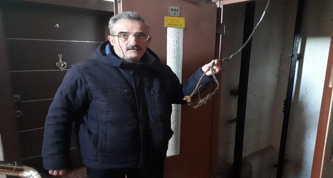 Asansör tamiri sırasında halat koptu