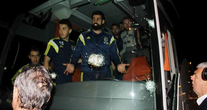 Fenerbahçe: 'Otobüsümüze kurşun sıkan ya da sıkanlar kimler?'