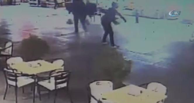 Bankta otururken silahlı saldırıya uğradı