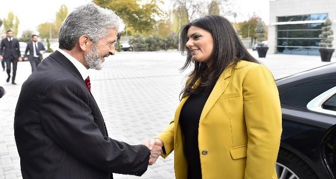 Bakan Sarıeroğlu'ndan Başkan Tuna'ya ziyaret