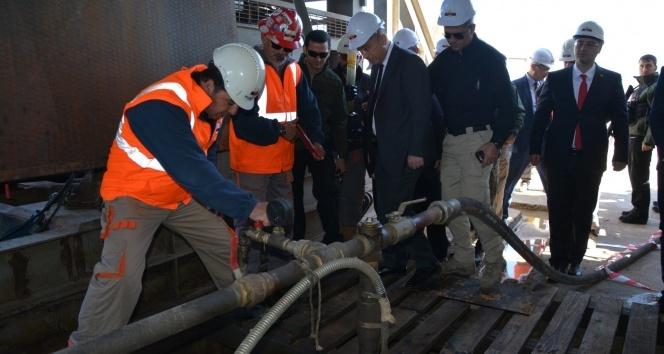 Eruh'ta petrol fışkırıyor
