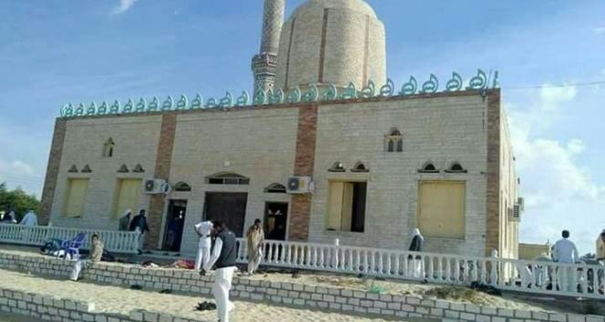 Mısır'da camide katliam!