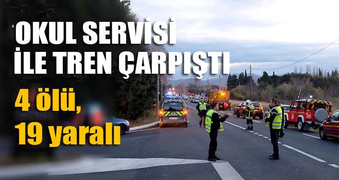 Okul servisi ile tren çapıştı: 4 ölü, 19 yaralı
