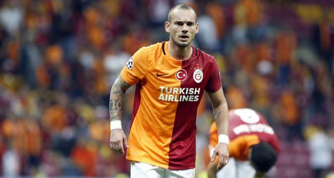 Sneijder'e ceza sinyali