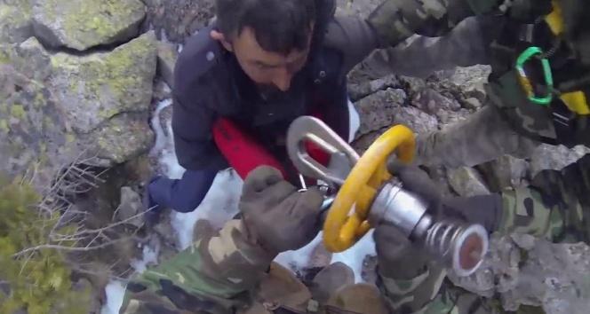 Uludağ'da nefes kesen kurtarma operasyonu