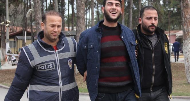 Cinayet zanlısı: 'İyi çekin Türkiye yakışıklı görsün'