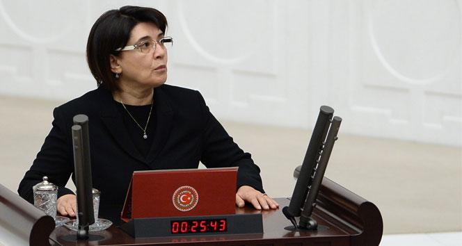 Leyla Zana'nın vekilliğinin düşmesine ilişkin karar, Resmi Gazete'de