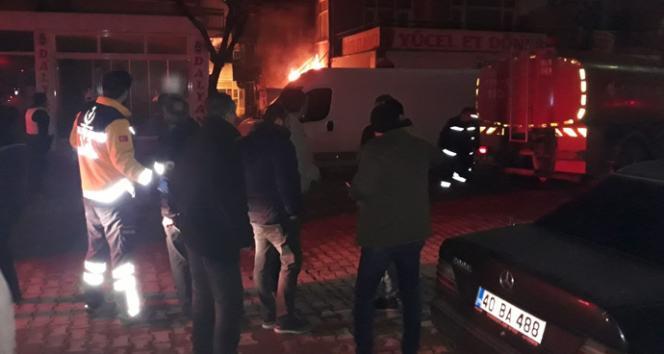CHP binası yanında yangın