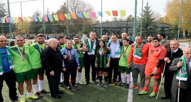 Çankaya Belediyesinden şampiyon sporculara ödül