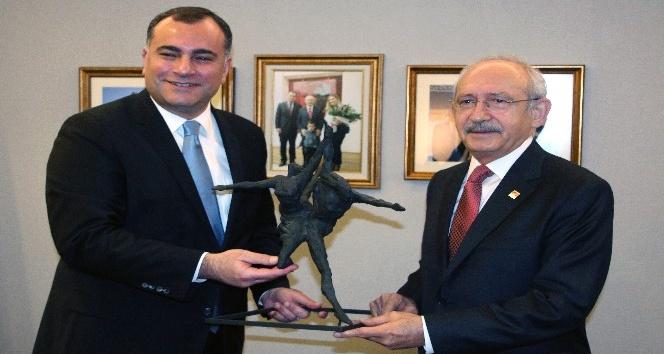 Kılıçdaroğlu'ndan Çankaya Belediyesine ziyaret