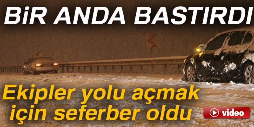 Kayseri'de kar yağışı: Ekipler yolları açmak için seferber oldu