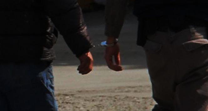 Mersin'de bombalı araçla saldırı hazırlığındaki 2 DEAŞ'lı yakalandı