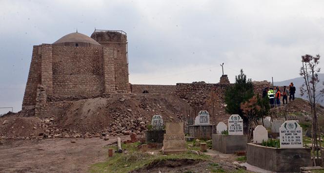 Hasankeyf'te mezarlar taşınıyor