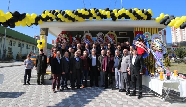 Başkan Demirel taksi durağı açtı