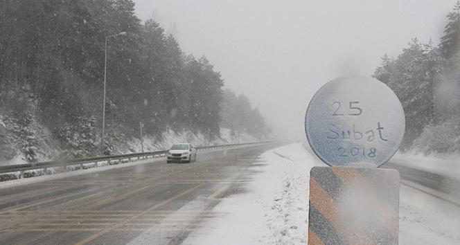 Etkili kar yağışı zor anlar yaşattı