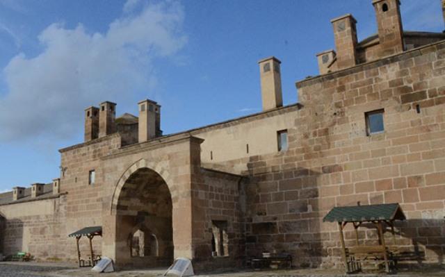 1353 yılında inşa edilmiş