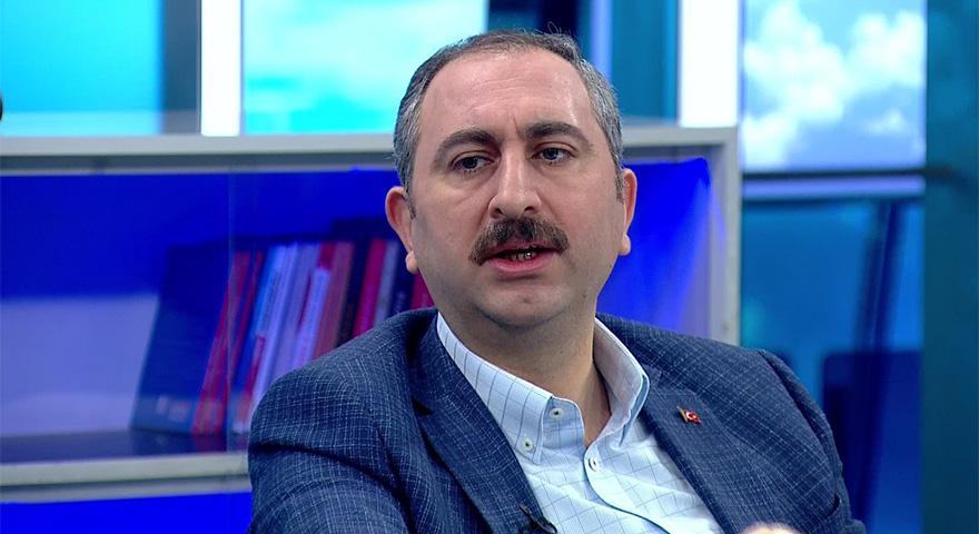 Adalet Bakanı Abdulhamit Gül'den Fenerbahçe - Galatasaray derbisi tahmini
