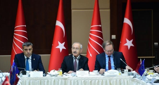 Kemal Kılıçdaroğlu büyükelçilerle biraraya geldi