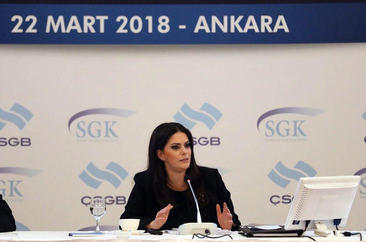 Jülide Sarıeroğlu: Sosyal Güvenlik Kurumu batmıyor