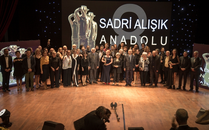 8. Sadri Alışık Anadolu Tiyatro Oyuncu Ödülleri sahiplerini buldu