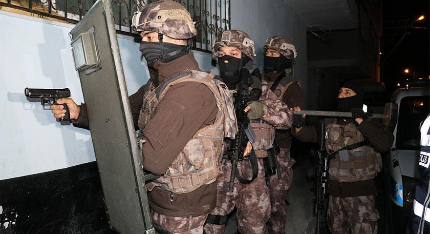 Adana'da sahte polislere gerçek polislerden dev operasyon