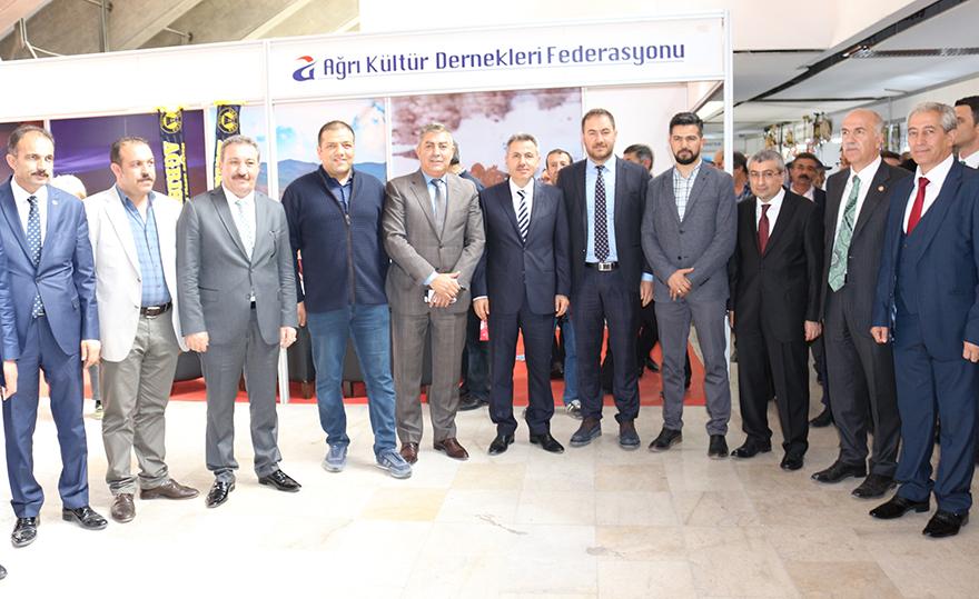 Ağrı Valisi Elban'ı Ankara'da Kırşehirli hemşehrileri karşıladı