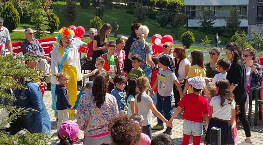 Göldekent Sitesi'nden coşkulu 23 Nisan kutlaması