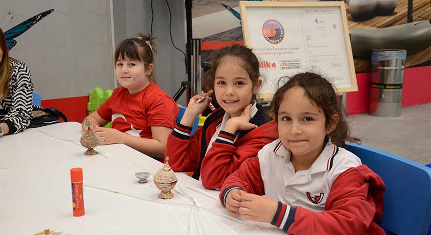 Çocuklar 23 Nisan coşkusunu Bilkent Center'da yaşadı