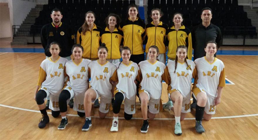 Arı Genç Kız Basketbol Takımı Türkiye Şampiyonasında finalde