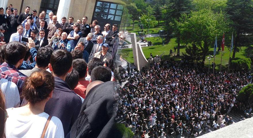 Gazi Üniversitesi'nde öğrencilerden eylem