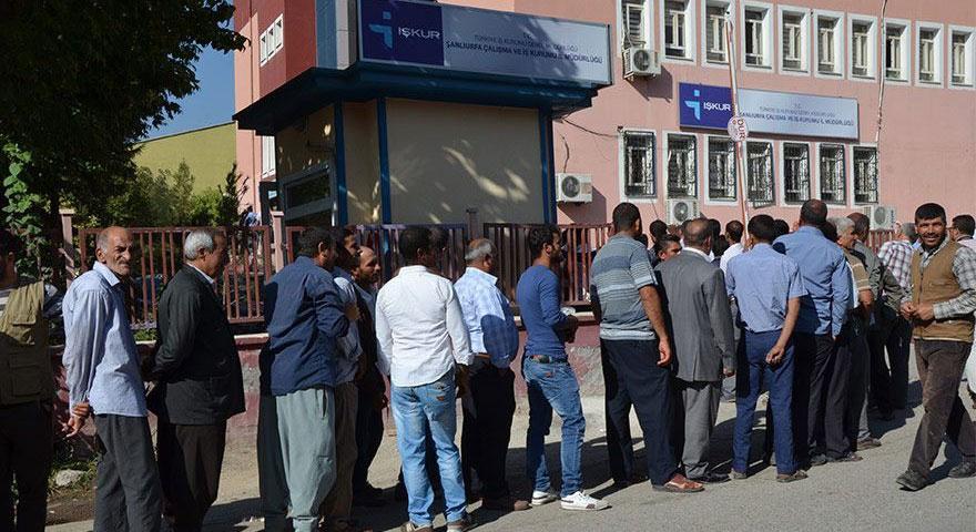 TUİK Şubat ayı işsizlik rakamlarını açıkladı: 2 puan düşüş yaşandı