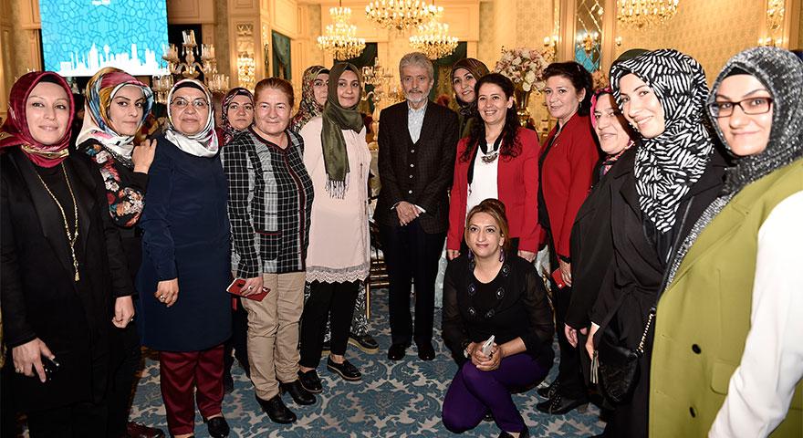 Başkan Tuna annelerle buluştu