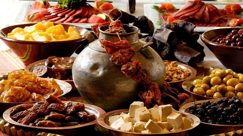 Divan Ankara'da lezzetli iftar sofraları