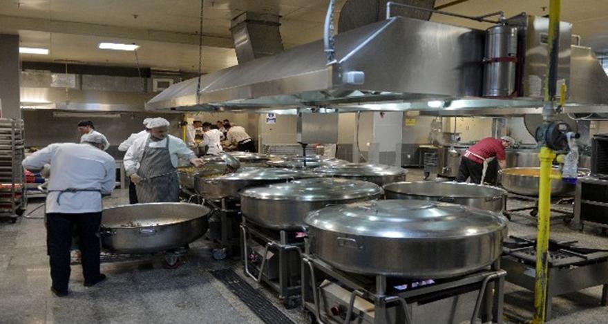 Ankara Büyükşehir Belediyesi'nin dev mutfağı