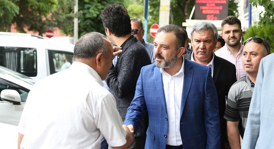 Sincan Belediye Başkanı Murat Ercan hafta sonu mesaisini Sincan halkıyla birlikte yaptı.