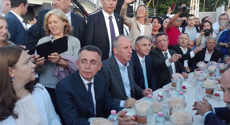 Muharrem İnce Bulgaristan'da iftar yaptı