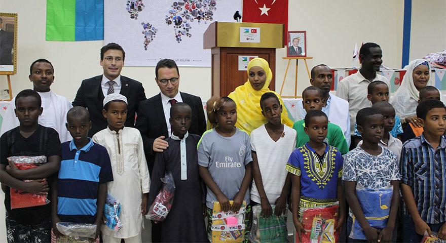 TİKA Cibuti'de iftar ve gıda yardımı