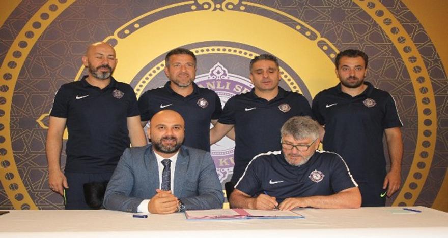 Osmanlıspor tekrar Mustafa Reşit Akçay ile anlaştı