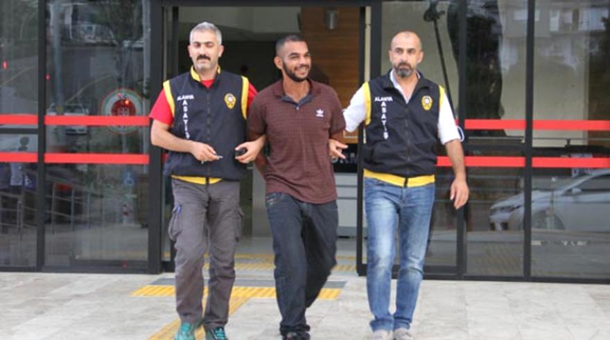Ünlü Şarkıcı Mohamed Hareke Cinayetten Tutuklandı